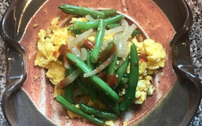 Peanut Butter Eggs with Garlicky Green Beans